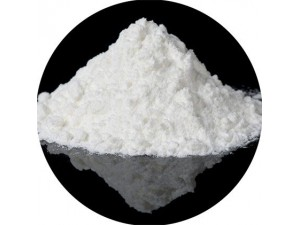 Uses of titanium dioxide for the plastic industry